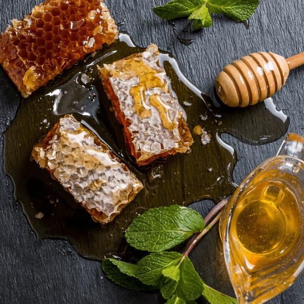 6 Suprising Benefits of Honey